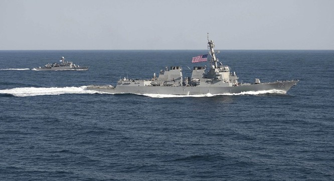 Tàu chiến Hải quân Mỹ.