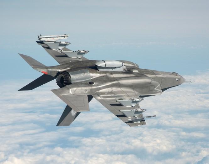 F-35 tành hình của Không lực Mỹ.