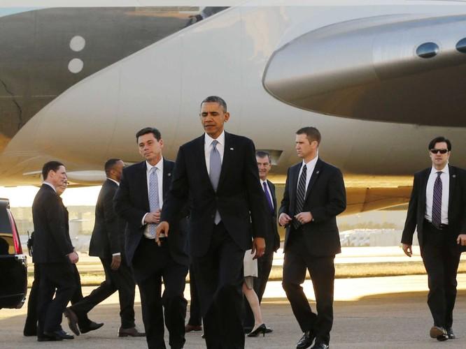 Tổng thống Obama thăm Việt Nam, chỉ mật vụ Mỹ được mở cửa xe ảnh 1