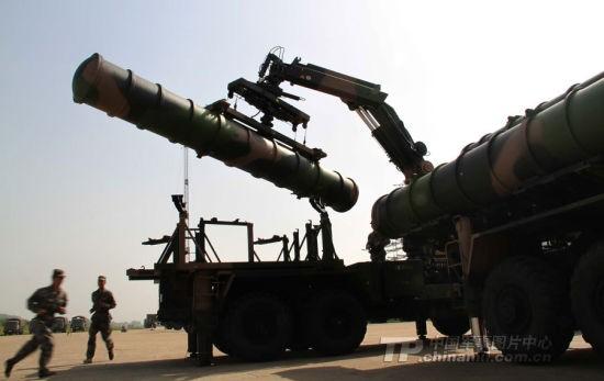 Tên lửa đất đối không tầm xa HQ-9.