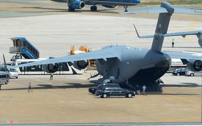 Sải cánh của US Air Force C-17 là 51,75 m, chiều cao 16,8 m.