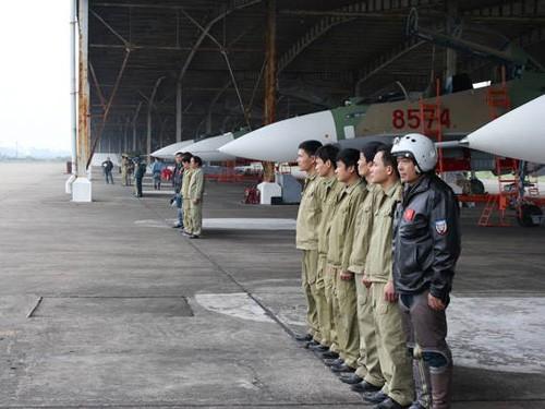 Vũ khí Không quân, Hải quân của Việt Nam đa phần là mua của Nga.