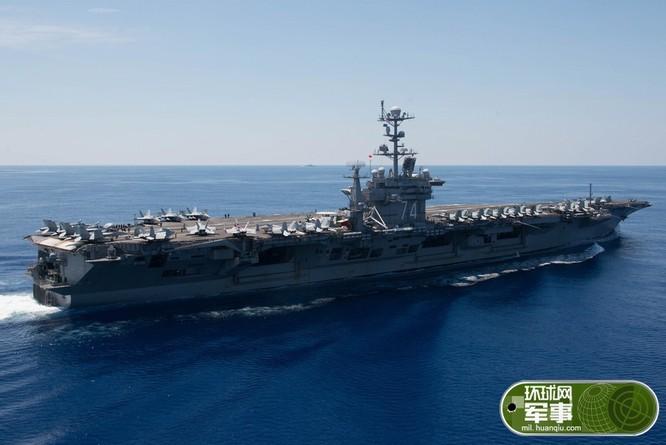 Cụm tấn công tàu sân bay Mỹ tuần tra và huấn luyện trên Biển Đông.