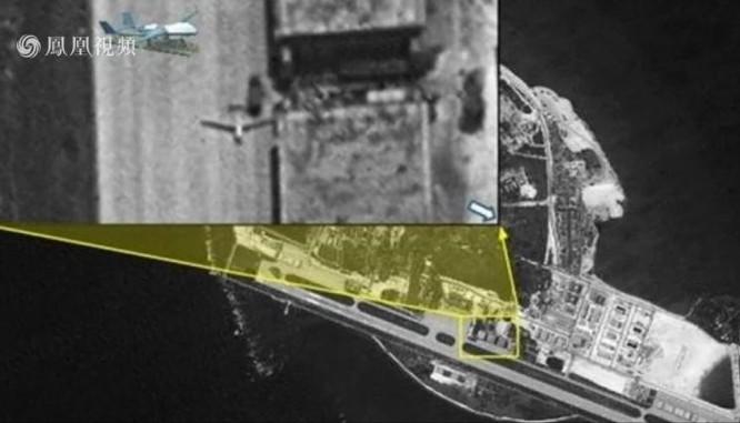 Hình ảnh Trung Quốc ra sức tiến hành quân sự hóa phi pháp trên các đảo, đá ở Biển Đông. Nguồn ảnh: Đài truyền hình Phượng Hoàng, Hồng Kông ngày 3/6/2016.