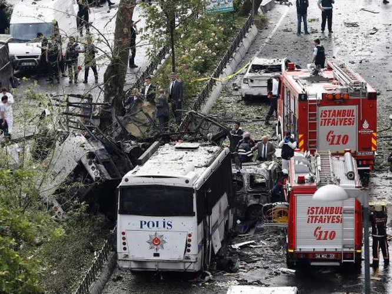 Tin nóng: Thành phố Istanbul bị tấn công bằng bom, nhiều người thương vong ảnh 1