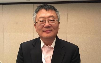 Giáo sư Hoàng Tĩnh, Học viện Chính sách công Lý Quang Diệu, Đại học Quốc lập Singapore. Nguồn ảnh: Tin tức bình luận Trung Quốc, Hồng Kông.