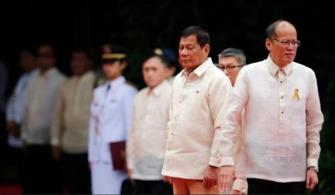 Liệu chính sách Biển Đông của ông Rodrigo Duterte có đi ngược lại chính sách của ông Benigno Aquino III?