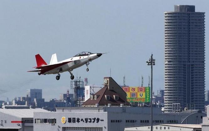 Máy bay chiến đấu tàng hình X-2 Shinshin Nhật Bản bay thử. Ảnh tư liệu.