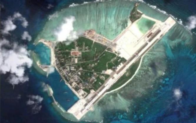 Trung Quốc ra sức tiến hành quân sự hóa phi pháp ở Biển Đông. Ảnh: BBC Anh.