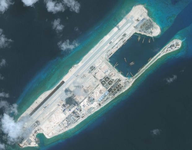 Trung Quốc ra sức quân sự hóa Biển Đông. Ảnh: Huffingtonpost.