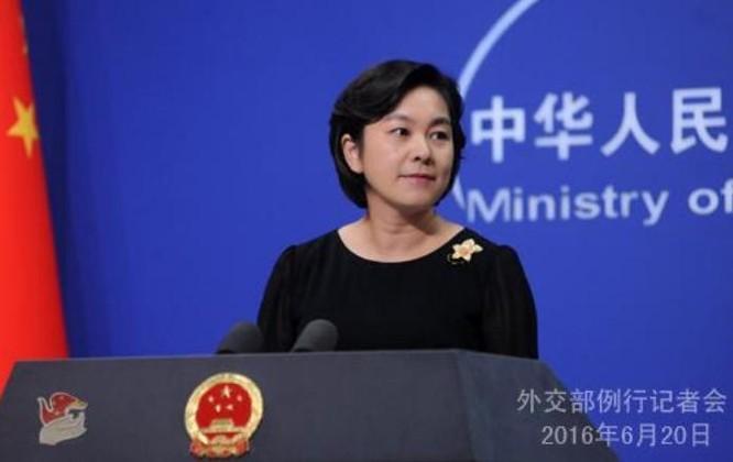 Hoa Xuân Oánh, phát ngôn viên Bộ Ngoại giao Trung Quốc. Ảnh: Thời báo Hoàn Cầu, Trung Quốc.