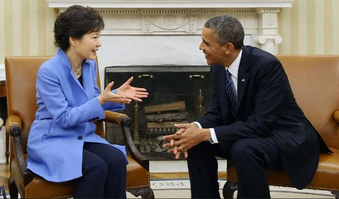 Tổng thống Hàn Quốc Park Geun-hye và Tổng thống Mỹ Barack Obama. Ảnh: Korea.net.