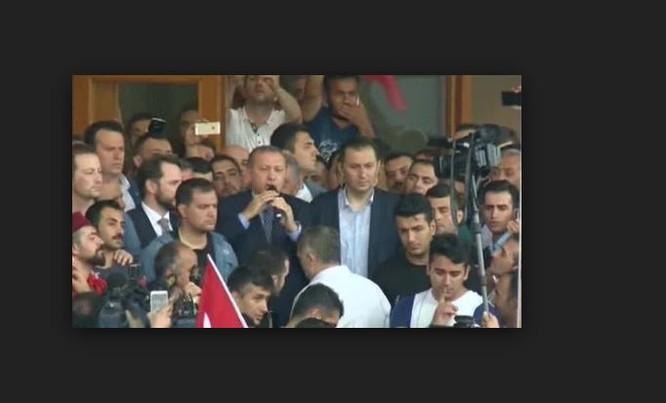 Ông Erdogan tại Istanbul ngày 16/7/2016.