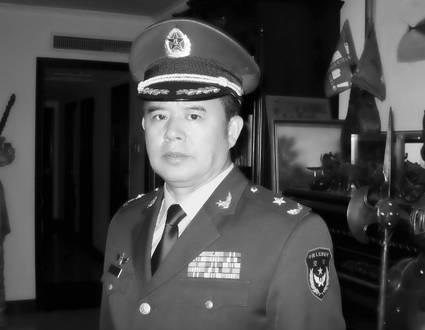 Kiều Lương - Thiếu tướng Không quân Trung Quốc.