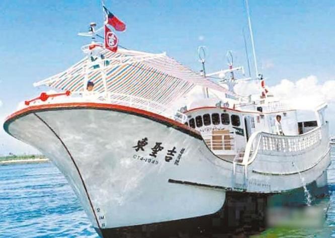 Tàu cá Đài Loan. Ảnh: news.qq.com