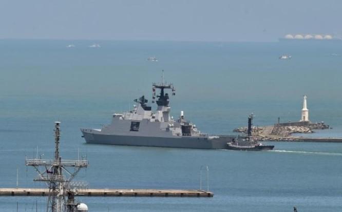Tàu tuần phòng Địch Hóa lớp Khải Định Đài Loan vừa tiến hành tuần tra bất hợp pháp ở Biển Đông. Ảnh: Thời báo Tự do Đài Loan.