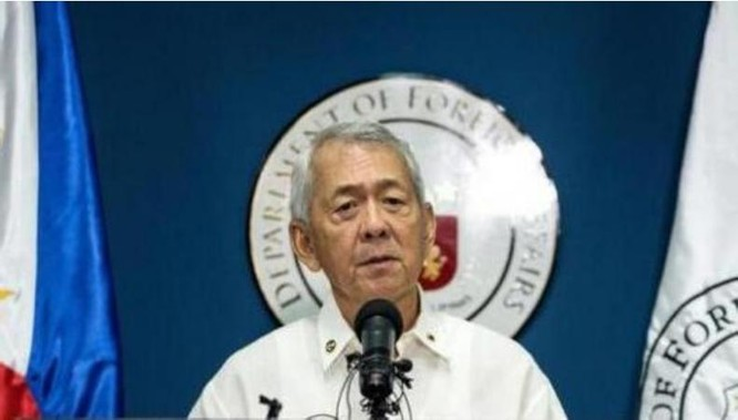Bộ trưởng Ngoại giao Philippines Perfeco Yasay. Ảnh: Báo Phượng Hoàng, Hồng Kông.