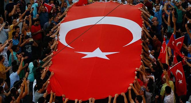 Tổng Biên tập báo Anh: Không loại trừ Thổ Nhĩ Kỳ tự tổ chức đảo chính ảnh 1
