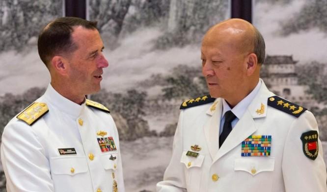 Từ ngày 17 - 19/7/2016, Đô đốc John Richardson đến thăm Trung Quốc. Ảnh: Đa Chiều.