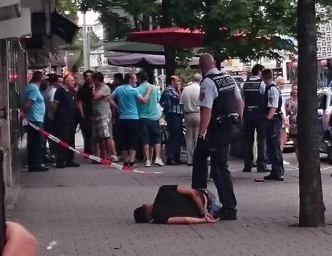 Đối tượng di cư Syria chém tử vong một phụ nữ mang thai tại Đức