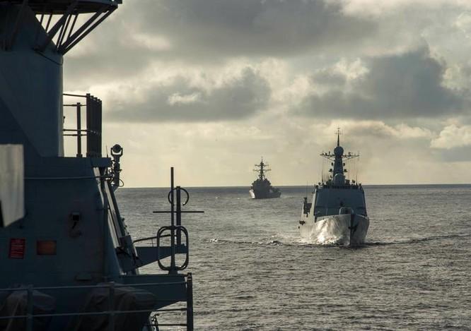 Hải quân Trung Quốc đang tham gia cuộc tập trận Vành đai Thái Bình Dương-2016. Ảnh: Thời báo Hoàn Cầu, Trung Quốc.