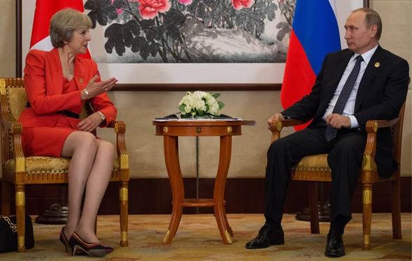 Thủ tướng Anh Theresa May muốn đối thoại thẳng thắn với Nga ảnh 2