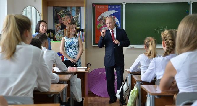 Putin nói về những tố chất cần thiết của lãnh đạo Nga tương lai ảnh 1