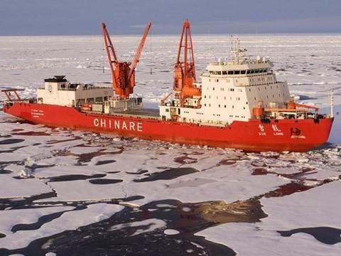 Tàu thám hiểm Bắc Cực của Trung Quốc.
