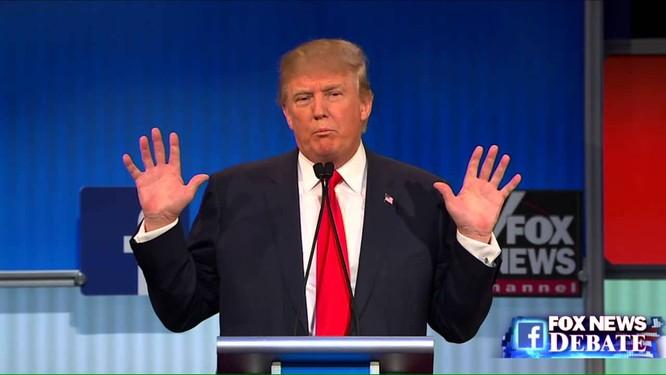 Đội của bà Hillary Clinton tố ông Trump nói dối 58 lần trong 90 phút ảnh 2
