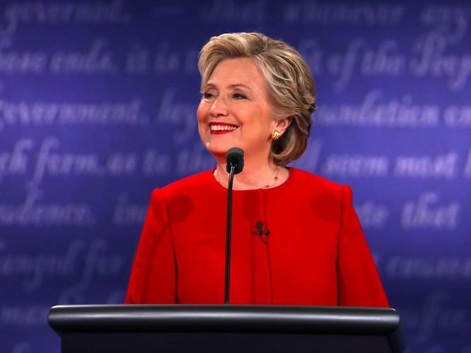 Đội của bà Hillary Clinton tố ông Trump nói dối 58 lần trong 90 phút ảnh 5