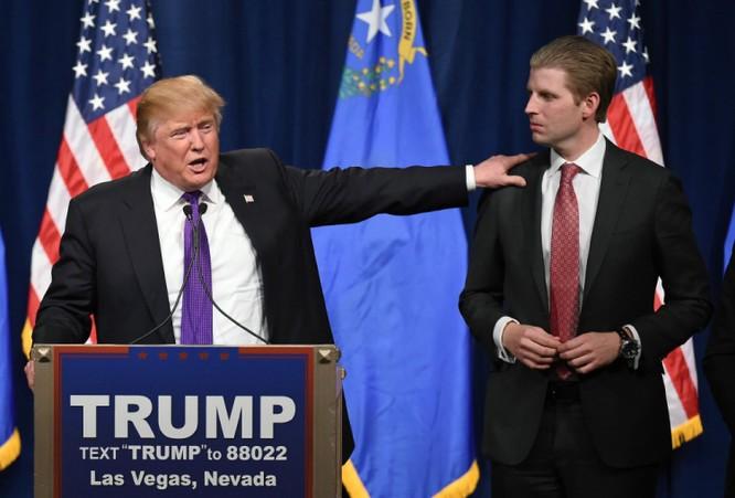 Donald Trump chọn Chánh Văn phòng Nhà Trắng, cân nhắc trục xuất 3 triệu người nhập cư khỏi Mỹ ảnh 1