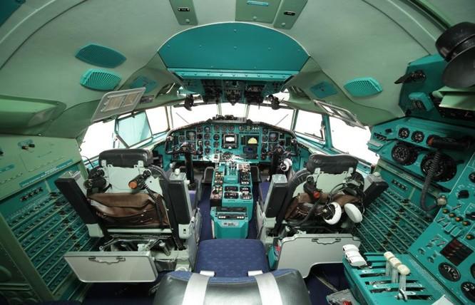 Nga đã vớt được hộp đen thứ hai của máy bay Tu-154 rơi ở Biển Đen ảnh 1