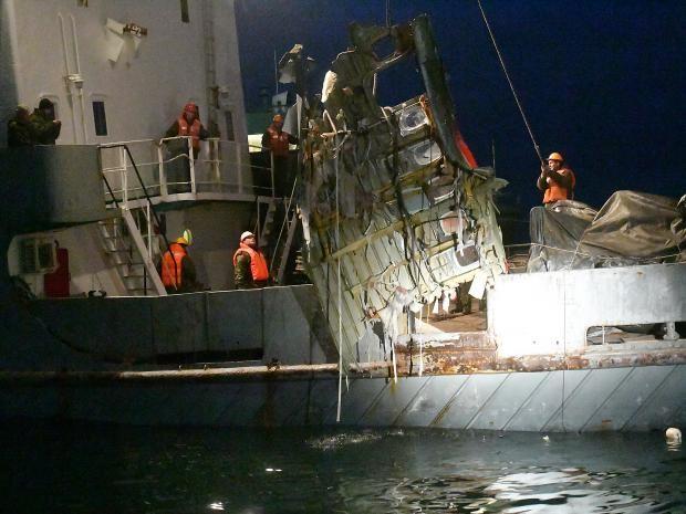 Công tác cứu hộ của Nga sau vụ máy bay rơi.