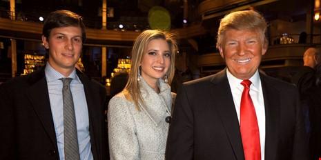 Ông Trump (phải) và con rể Jared Kushner, con gái Ivanka Trump. Ảnh: USA TODAY