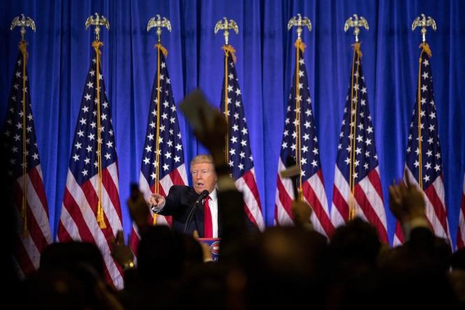 Họp báo lần đầu tiên kể từ khi trúng cử: Donald Trump nặng lời với phóng viên CNN - VIDEO ảnh 2