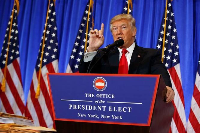 Họp báo lần đầu tiên kể từ khi trúng cử: Donald Trump nặng lời với phóng viên CNN - VIDEO ảnh 1