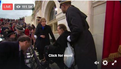 Toàn cảnh lễ tuyên thệ nhậm chức của Tổng thống Mỹ Donald Trump - VIDEO, ẢNH ảnh 34