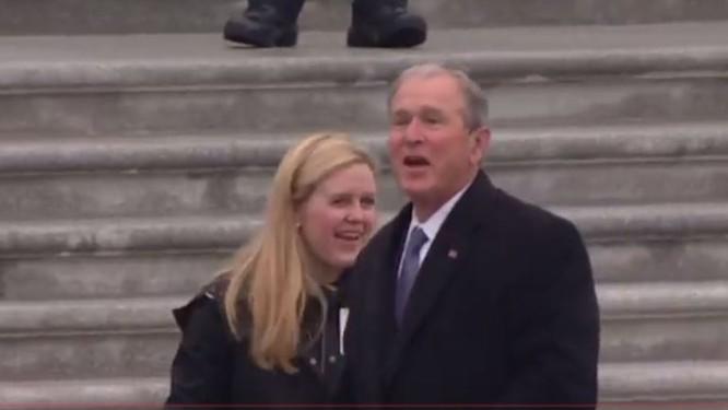 Toàn cảnh lễ tuyên thệ nhậm chức của Tổng thống Mỹ Donald Trump - VIDEO, ẢNH ảnh 13
