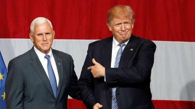 Tân Tổng thống và tân Phó Tổng thống Mỹ nhiệm kỳ tới.