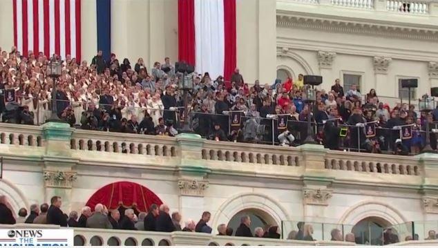 Toàn cảnh lễ tuyên thệ nhậm chức của Tổng thống Mỹ Donald Trump - VIDEO, ẢNH ảnh 101