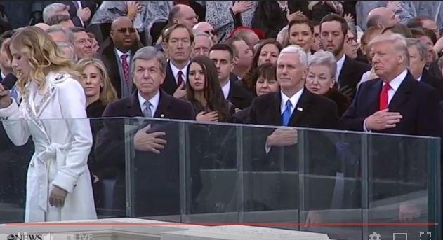 Toàn cảnh lễ tuyên thệ nhậm chức của Tổng thống Mỹ Donald Trump - VIDEO, ẢNH ảnh 103