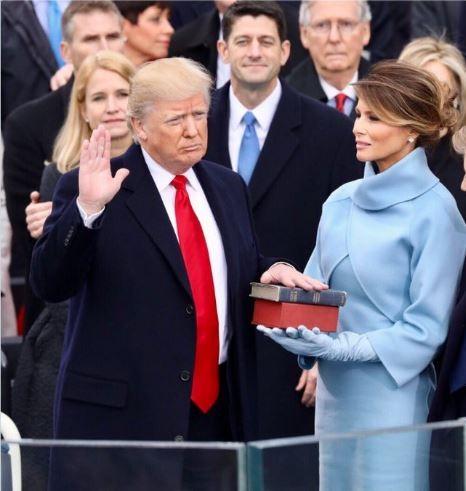 Bà Melania Trump viết nội dung đầu tiên trên Tweeter với tư cách Đệ nhất phu nhân ảnh 1