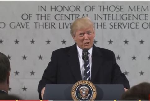 Tổng thống Donald Trump đến tổng hành dinh CIA, chỉ trích truyền thông Mỹ - VIDEO ảnh 1