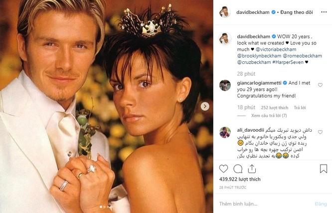 Trên Instagram của mình, David Beckham đã đăng bức ảnh cưới với dòng trạng thái