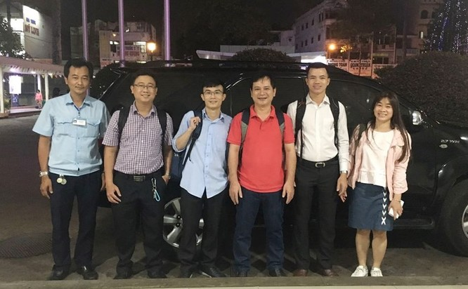Nhiều bác sĩ BV Chợ Rẫy tức tốc đi Bình Thuận phòng, chống COVID-19 ảnh 1