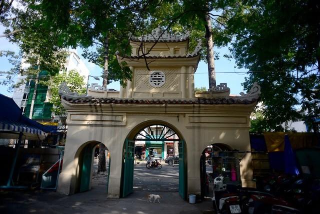 Khu lăng mộ bí ẩn của nhà bác học Trương Vĩnh Ký ảnh 2