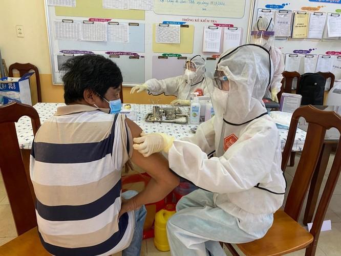 TP.HCM phong tỏa 473 điểm, liên tục phát hiện các ca nhiễm trong cộng đồng ảnh 1