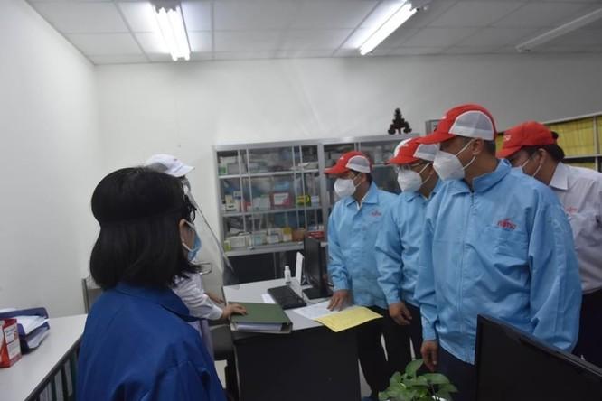 Bộ Y tế chỉ đạo tỉnh Đồng Nai bố trí nơi ăn ở cho công nhân, đảm bảo chống dịch, an toàn sản xuất ảnh 1