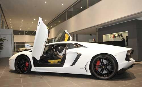 Đầu tư cho đại lý bán xe sang thường rất lớn và vận hành tốn kém
