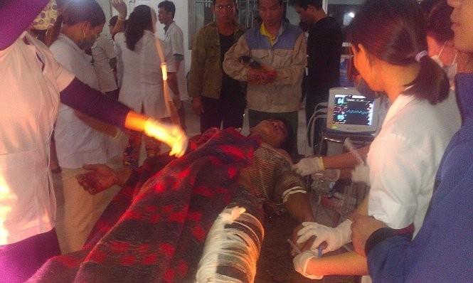 Nạn nhân được cấp cứu tại Bệnh viện đa khoa Kỳ Anh